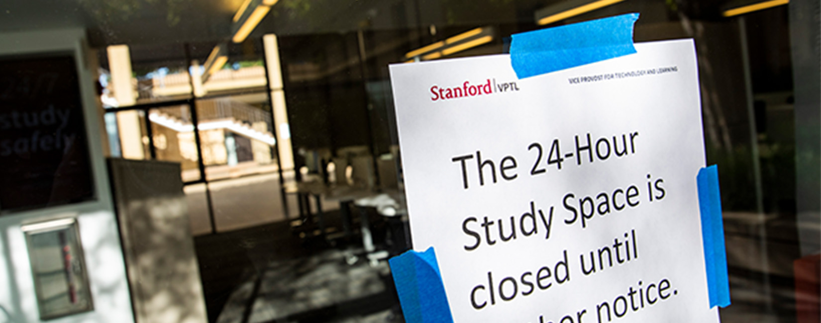 Study Hall Closed sign at Stanford during COVID-19